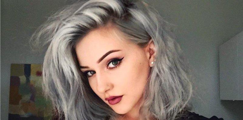 Grey Hair Sedang Trend Ini Tips Agar Hasilnya Keren