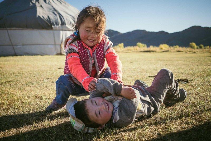 menghadapi anak aktif dan emosional