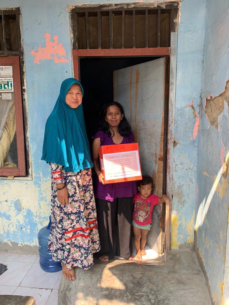 1000 Bantuan Sembako & Keperluan Bayi oleh Orami Community dan Benih Baik, Tersalurkan! 04.jpeg