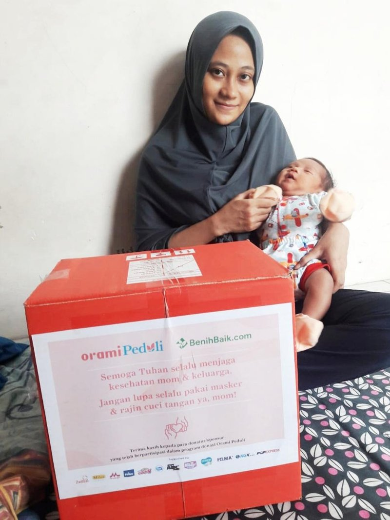 1000 Bantuan Sembako & Keperluan Bayi oleh Orami Community dan Benih Baik, Tersalurkan! 05.jpeg