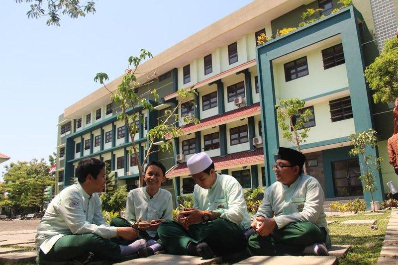 10 Pesantren di Bekasi -1.jpg