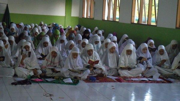 10 Pesantren di Bekasi -2.jpg