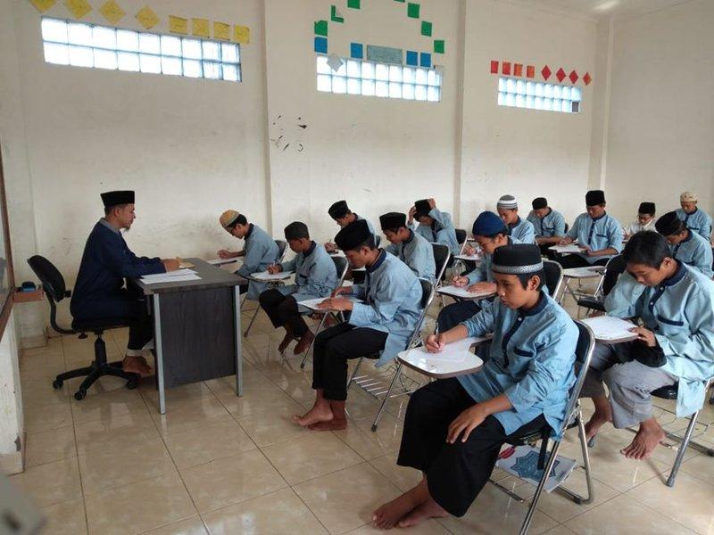 10 Pesantren di Bekasi -3.jpg