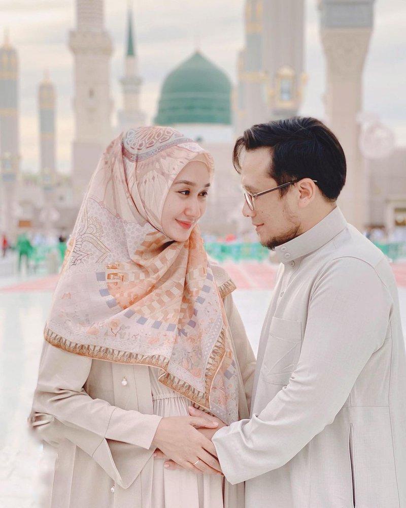 anniversary pernikahan Dian Pelangi dan Sandy Nasution-2