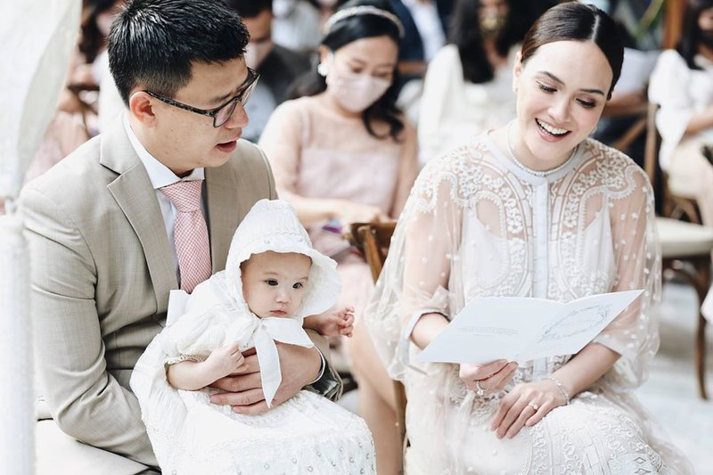 pembaptisan anak shandy aulia