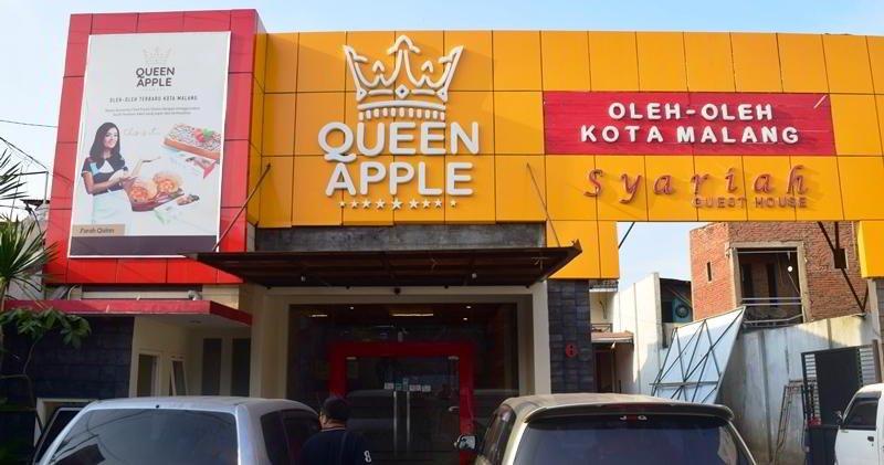 pusat oleh oleh Malang Queen Apple