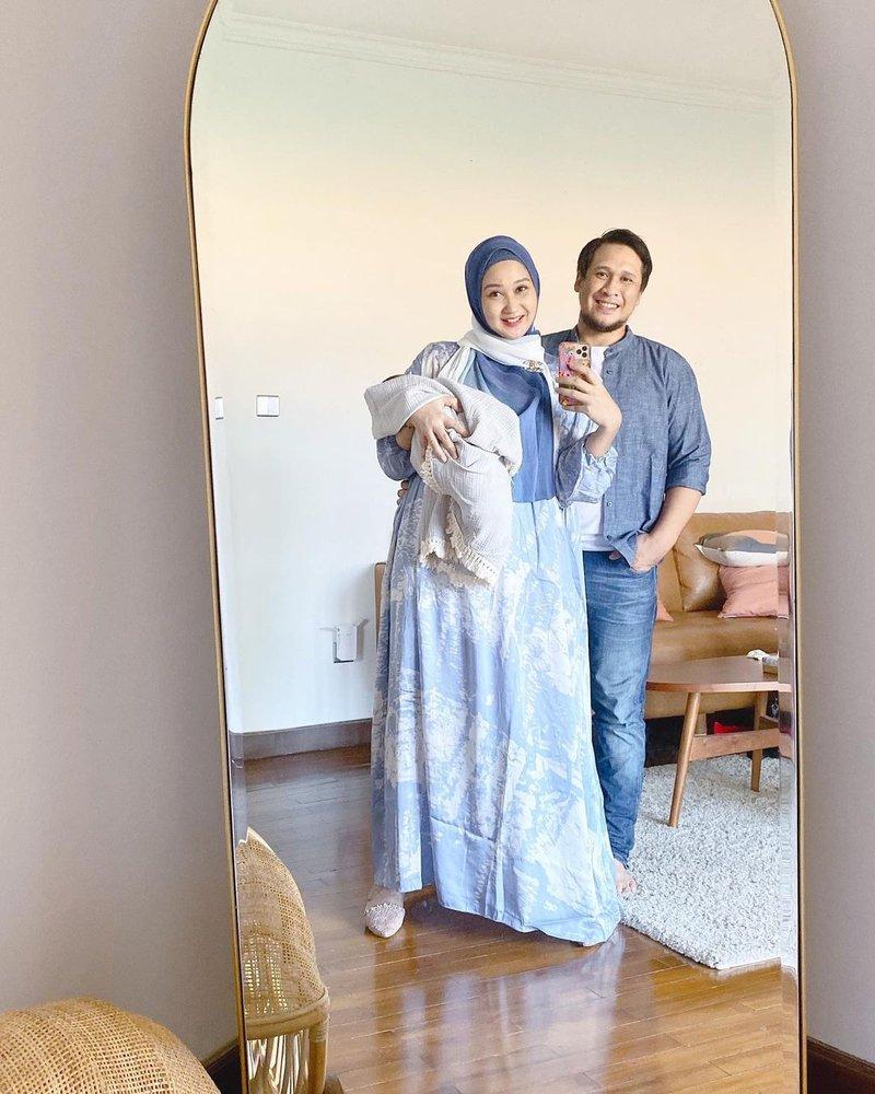 anniversary pernikahan Dian Pelangi dan Sandy Nasution