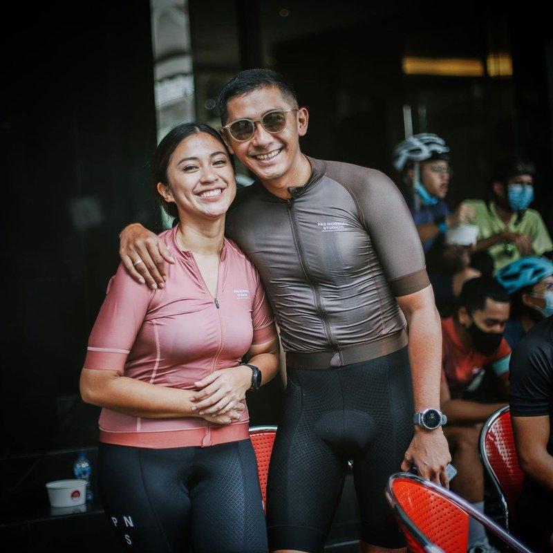 kenang mirdad hobi bersepeda