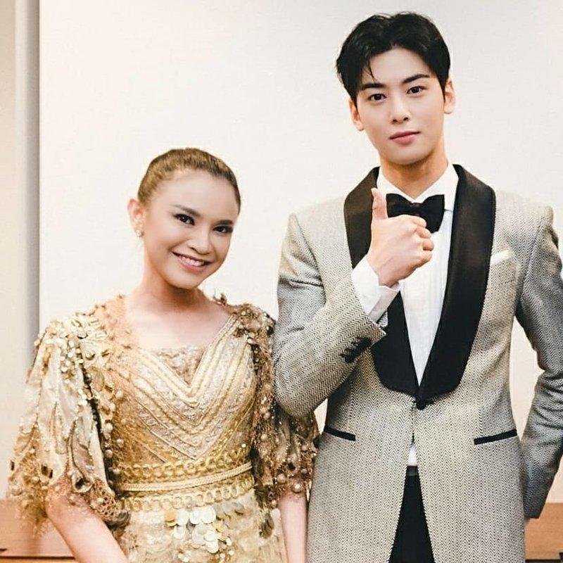 Rossa dan Cha Eun Woo