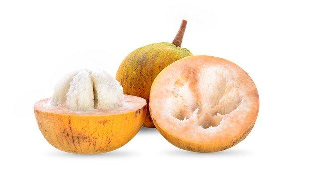 buah kecapi dapat membantu menghilangkan jamur di kulit