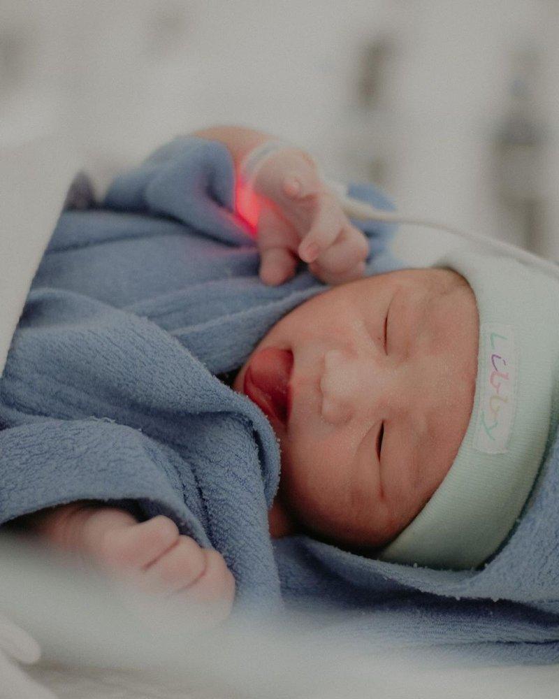 Adzana Bing Slamet melahirkan-4