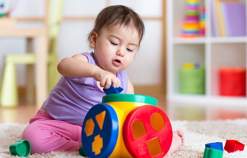 permainan bayi 7 bulan