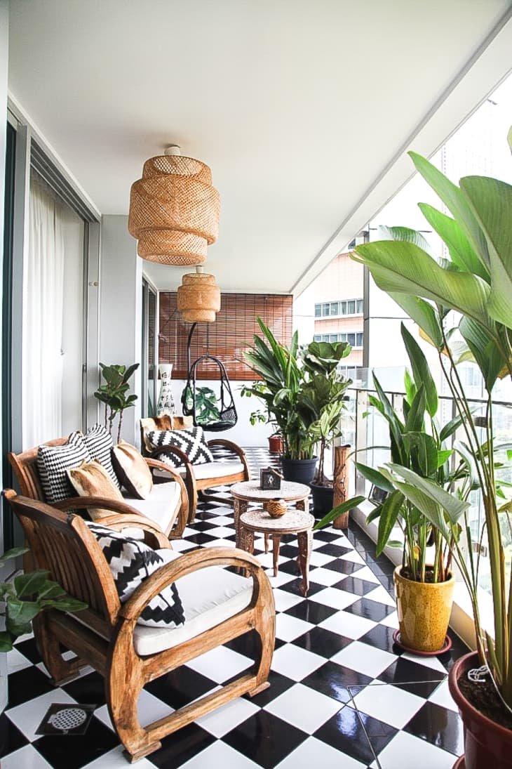 balkon rumah tema alam