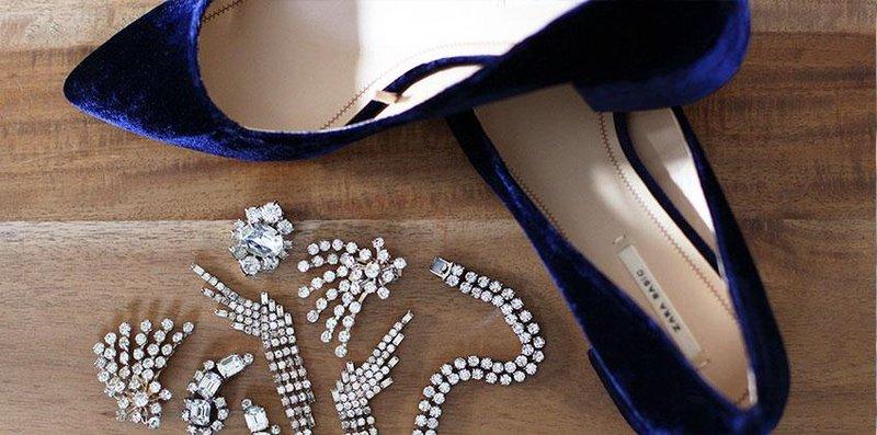 2 body teks diy jewel shoes