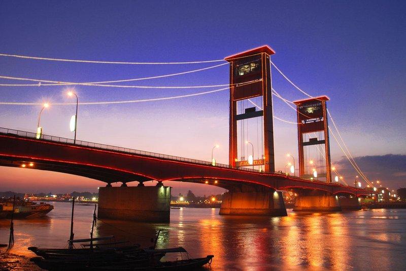 2 jembatan ampera