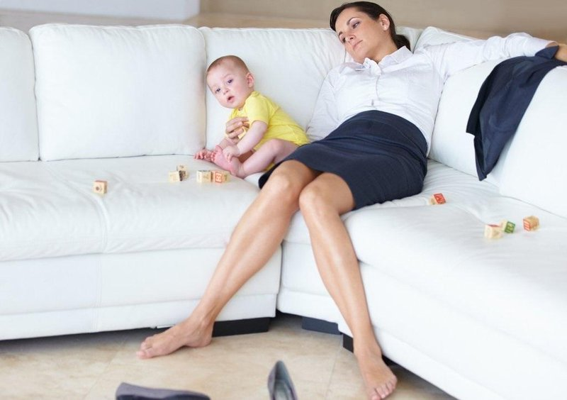 2000x1500 tired working mom couch 1024x