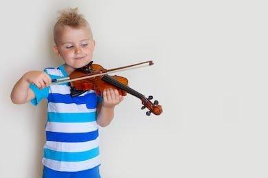 Cara mengatasi anak malas belajar dengan mengikuti bidang minatnya