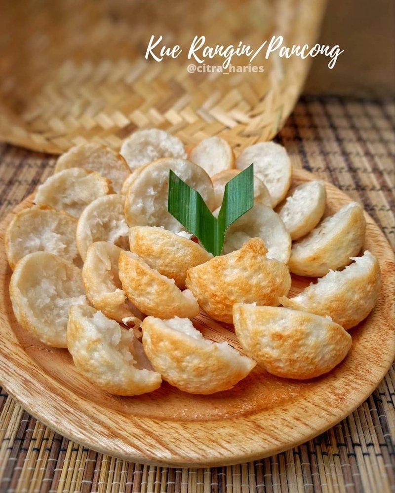 kue pancong kelapa