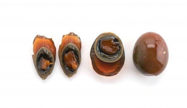 telur pitan dikenal dengan berbagai nama