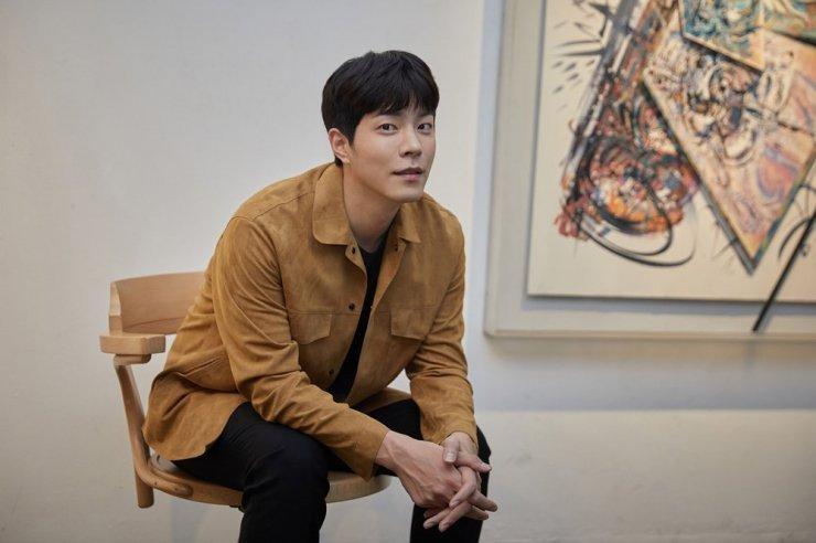 4 Fakta Menarik Tentang Hong Jong Hyun