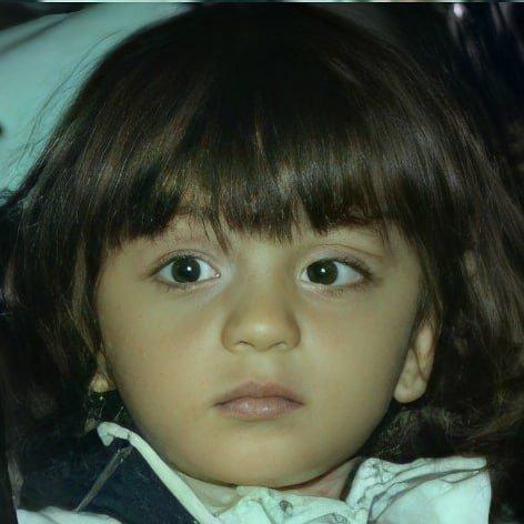 Profil Abram Khan