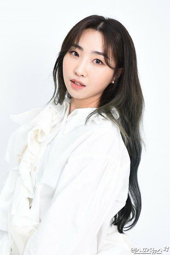artis korea oplas Minzy
