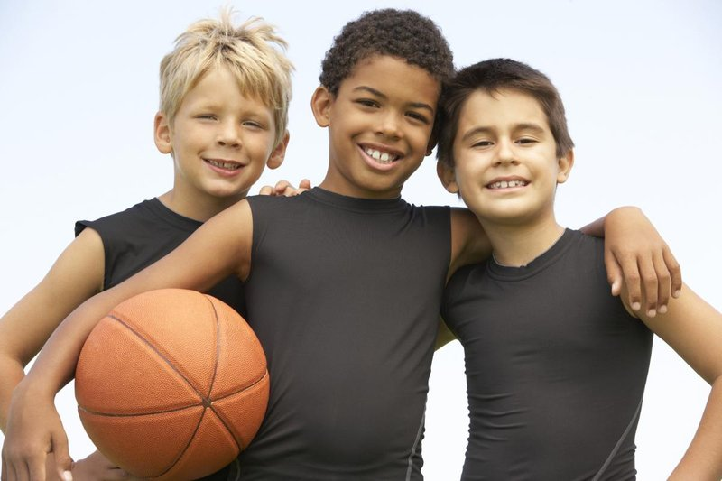 3 boys basketball