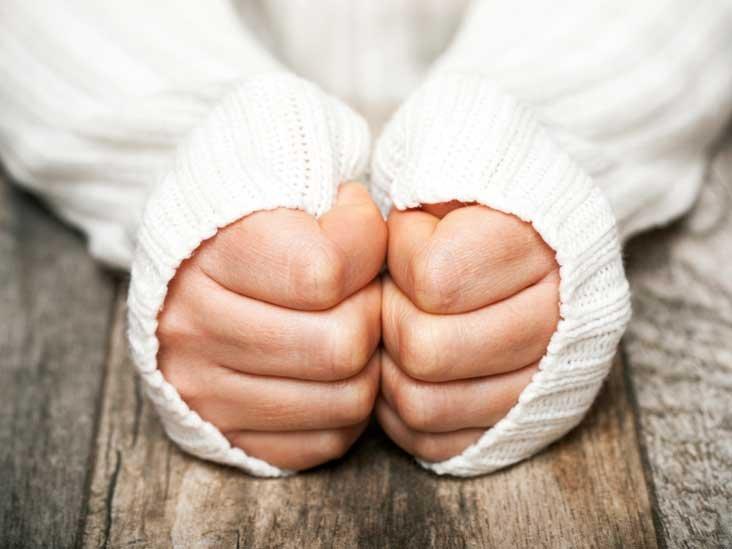 tangan dingin.jpg