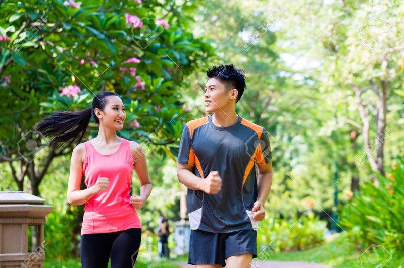 Jogging-vs-jalan -kaki-simak-perbedaanya.jpg