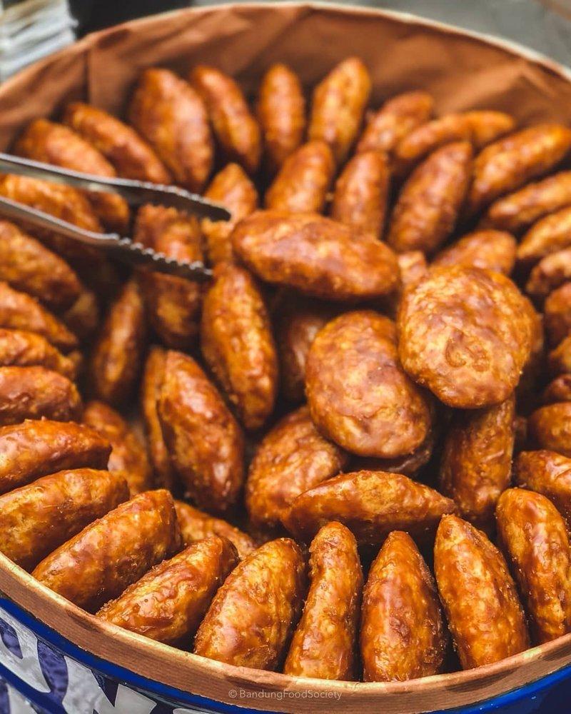 makanan khas Sunda-kue gemblong