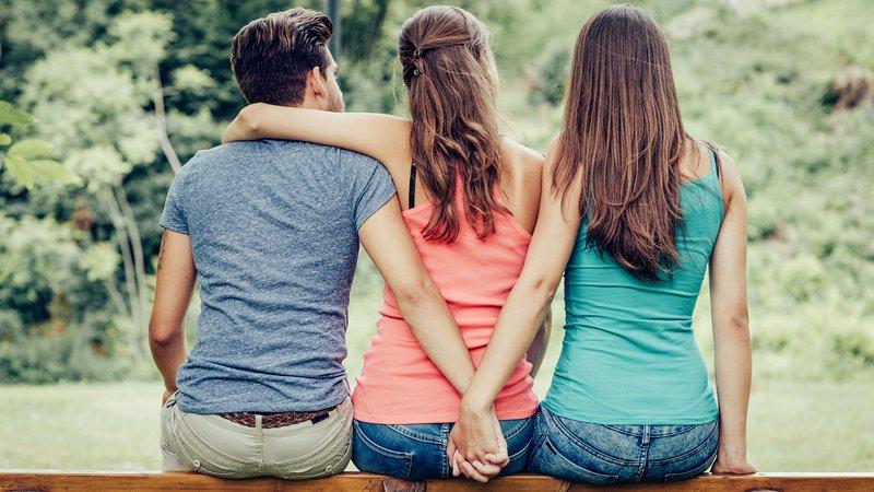3 Alasan yang Sering Dipakai Seseorang untuk Selingkuh 2.jpg