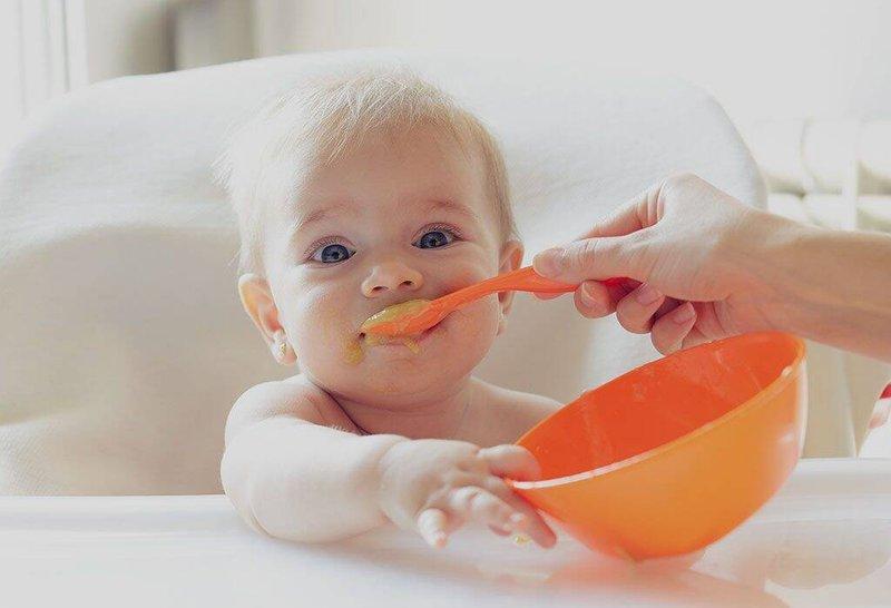 penyebab bayi sering kentut-2