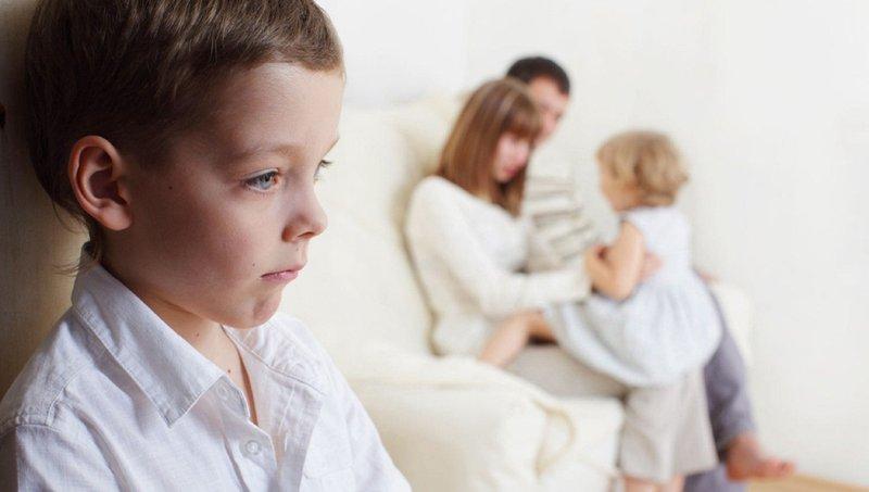 3 Kendala Adaptasi Anak Adopsi Dengan Keluarga Baru 1.jpg