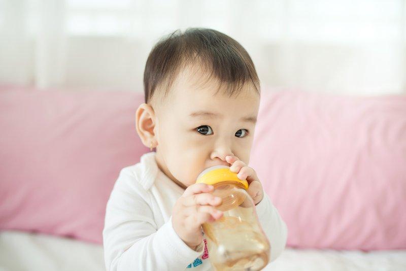 3 Penanganan Dehidrasi Pada Bayi.jpg