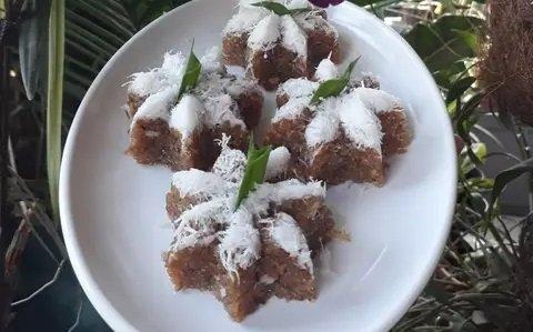 tiwul kelapa manis