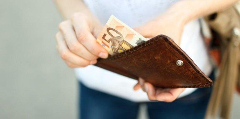 tips mengatur keuangan untuk moms dalam menghadapi resesi