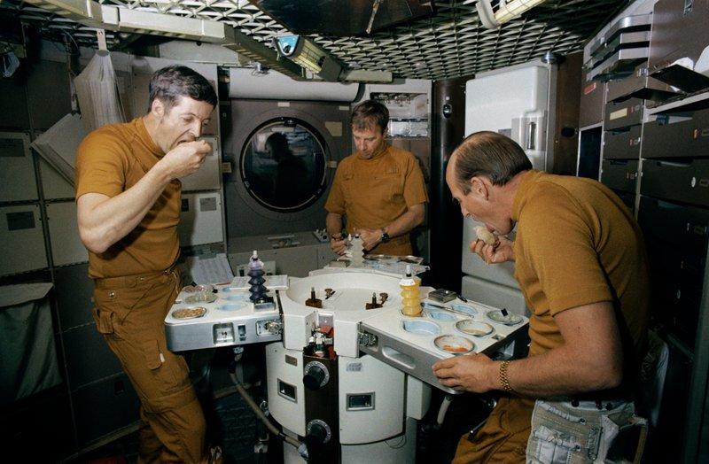 Perkembangan Makanan Astronot