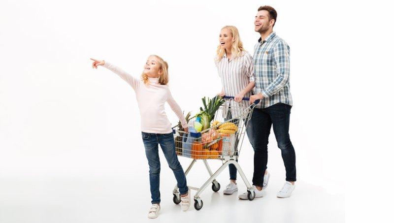 4 Kesalahan Orang Tua Saat Mengajarkan Uang Pada Anak 3.jpg