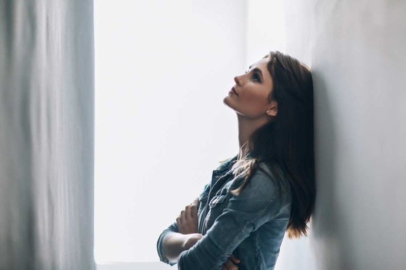 cara mengatasi stres pada perempuan-cari tahu penyebab stres