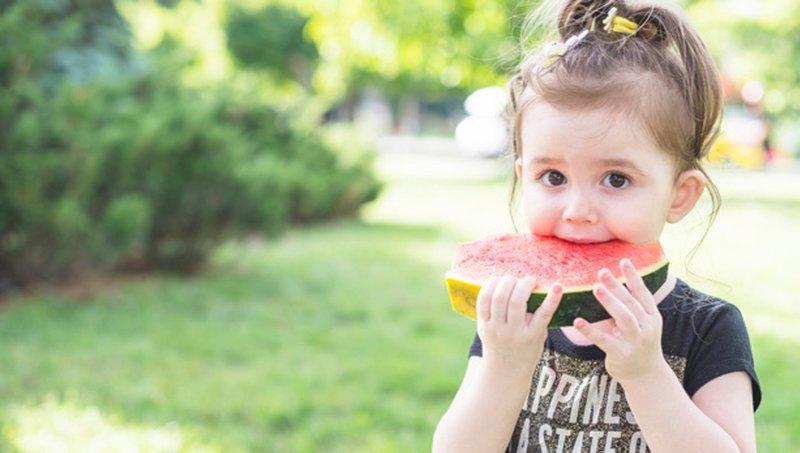 4 Manfaat Buah Semangka Untuk Tubuh Balita 1.jpg