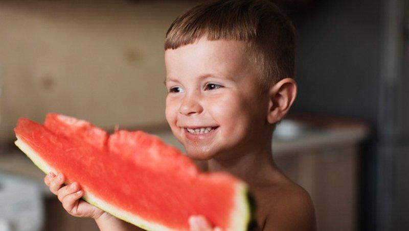 4 Manfaat Buah Semangka Untuk Tubuh Balita 3.jpg