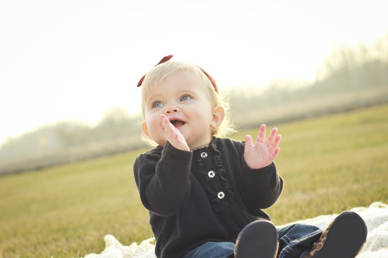 4 Manfaat Fingerplay (Bernyanyi Sambil Menggerakkan Jari) Bagi Balita 04.jpg