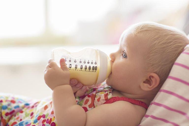 4 Masalah Ini Akan Moms Hadapi Saat Si Kecil Mulai Makan -3.jpg