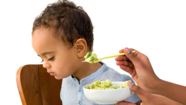 4 Masalah Ini Akan Moms Hadapi Saat Si Kecil Mulai Makan -2.jpg