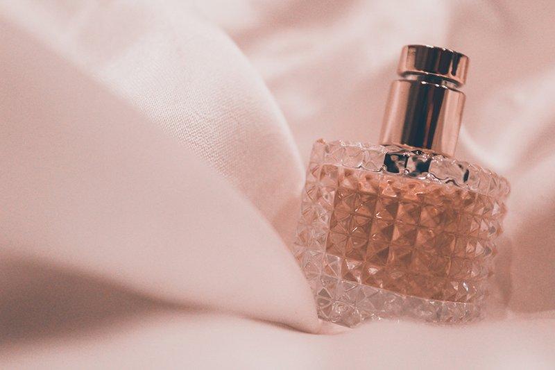 4 Parfum & Pewangi.jpg