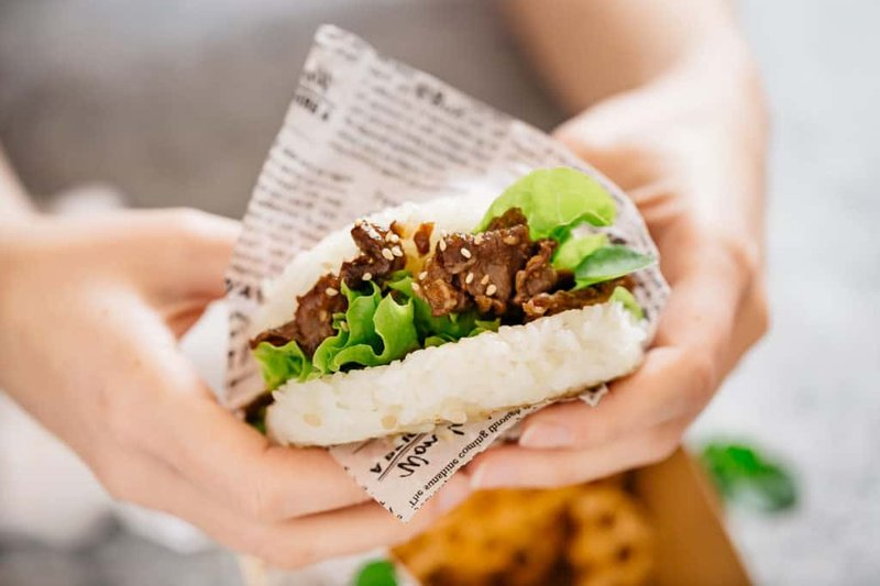 Burger Nasi Beef Yakiniku.jpg