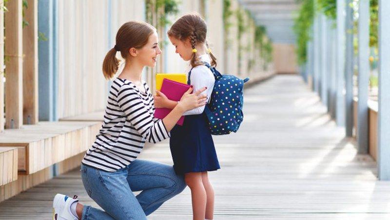 4 Tantangan Membesarkan Anak Introvert Dan Cara Mengatasinya 1.jpeg