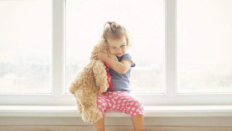 4 cara mengamankan jendela bila ada balita di rumah 3