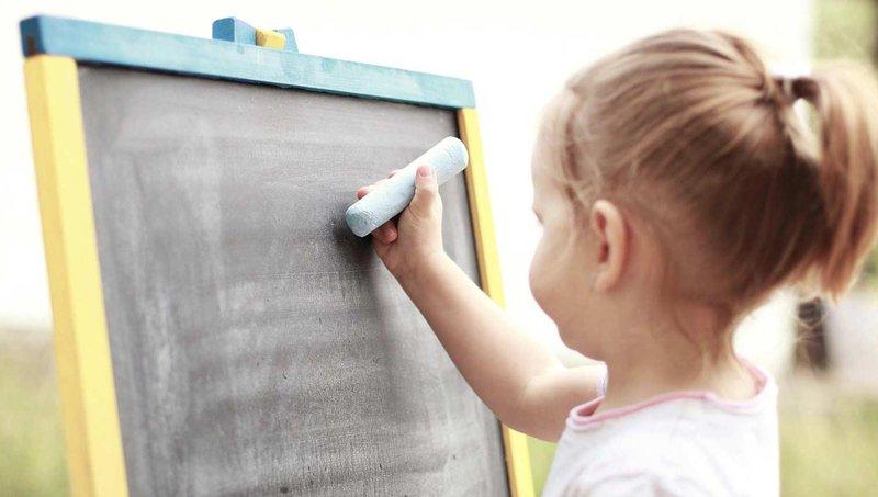 4 cara mudah mengajarkan si kecil cara mengelola uang 4