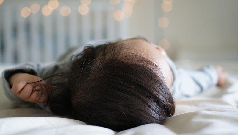 4 langkah ampuh agar balita tidak bangun terlalu pagi 3